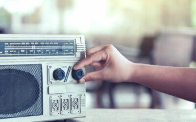 Jaka powinna być dobra reklama radiowa?